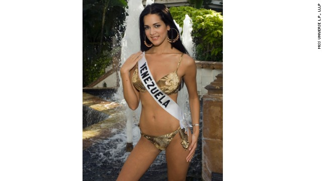 BANGKOK, THAILAND - MAY 22: In this Handout image from Miss Universe LP., LLP, Monica Spear, Miss Venezuela 2005, poses for photographs in her BSC swimsuit at the Dusit Thani in Bangkok, Thailand on May 23, 2005. The 54th annual Miss Universe competition will take place in Bangkok, Thailand on May 31, 2005