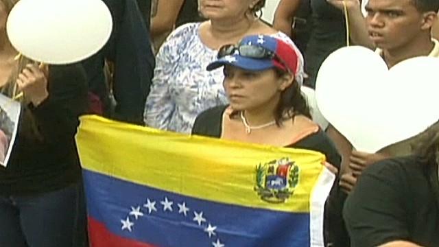 cnnee umana venezuela spear death reax_00014411.jpg
