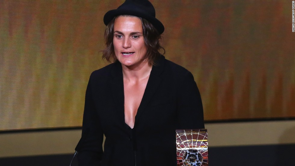 Having saved two penalties in a 1-0 win over Norway in the final Euro 2013, German goalkeeper Nadine Angerer was crowned the best women's player in the world ahead of Brazi's Marta and American Abby Wambach. She becomes the first goalkeeper to win the female crown.