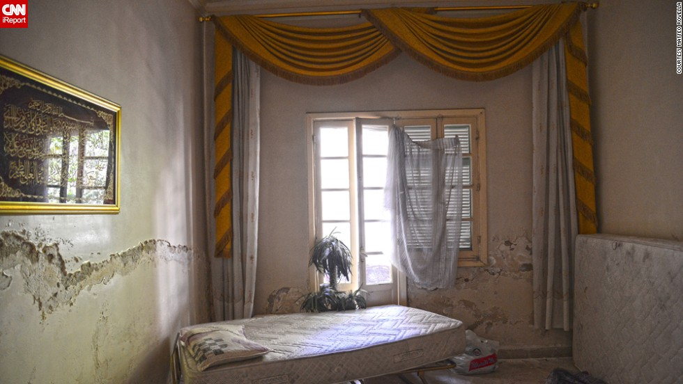 "Italian photographer <a href=""http://ireport.cnn.com/docs/DOC-1073985"">Matteo Rovella</a> spent June in the Syrian city of Aleppo, capturing the impact of the country's brutal civil war on its population. He was particularly struck by the many destroyed and abandoned homes ""where time seems to have stopped,"" he said."