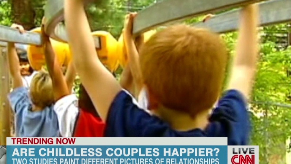 Are people without kids happier?