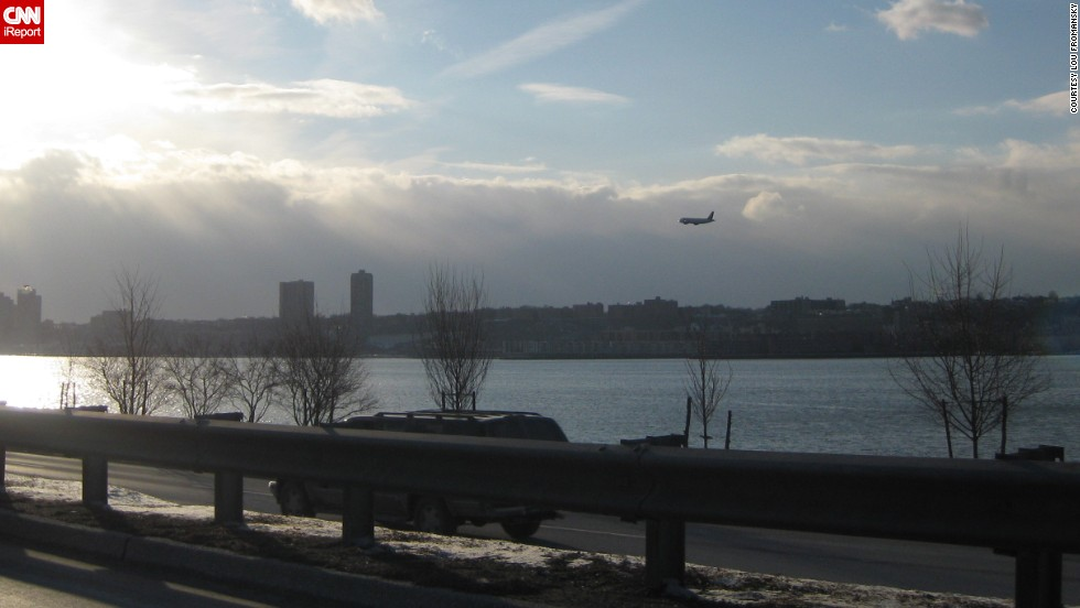 "CNN also received hundreds of images from the ""Miracle on the Hudson"" that day. ""I was stuck in traffic sitting still, and a plane came out of nowhere -- didn't look like it was in distress or anything,"" said <a href=""http://ireport.cnn.com/docs/DOC-182031"">Lou Fromansky</a> in 2009. ""I thought it was another terrorist attack -- thinking it might fly into a building."""