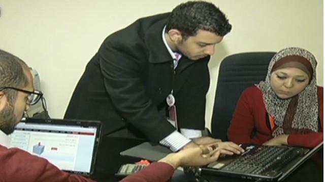 cnnee nm veronica balderas referendum egypt_00004306.jpg