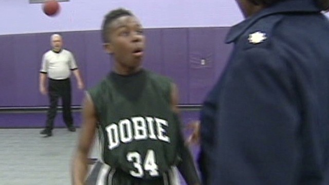 Soldier shocks son at basketball game