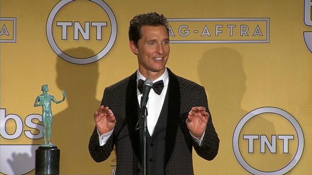 SAG Matthew McConaughy Backstage enitre_00032605.jpg