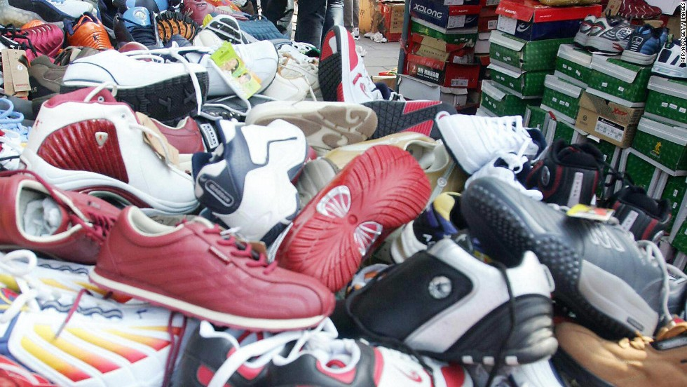 While Lunar New Year customs traditionally forbid shoe shopping, there's no need to fret skipping a hot sale you can't bear to miss. Alternative interpretations allow many restrictive holiday superstitions to be conveniently ignored.