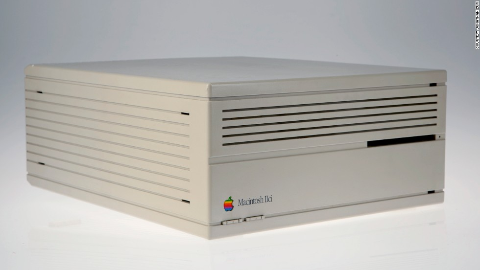 Released September 20, 1989, the Macintosh IIci featured the revamped, compact design of the second wave of Macs. It was one of the most popular Macs ever, continuing to sell until it was discontinued in 1993.