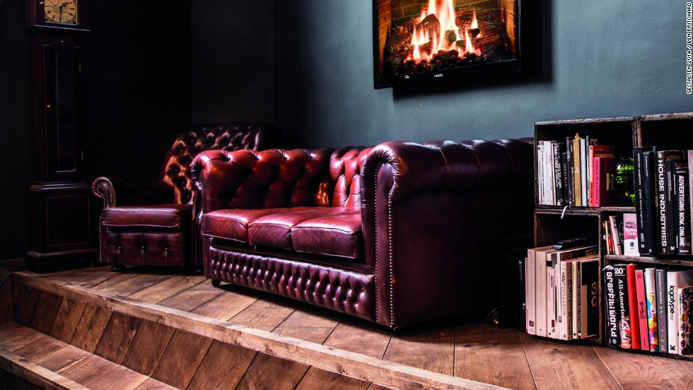 This digital advertising agency oozes Old World chic in order to contrast with its rivals, who tend to favor a sleek, steel aesthetic. The vintage leather sofa hints at the firm's focus on bespoke campaigns, while a digital fireplace adds a bit of whimsy.