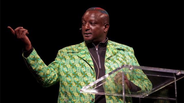 Binyavanga Wainaina gorani amanpour gay kenya homosexual_00002717.jpg