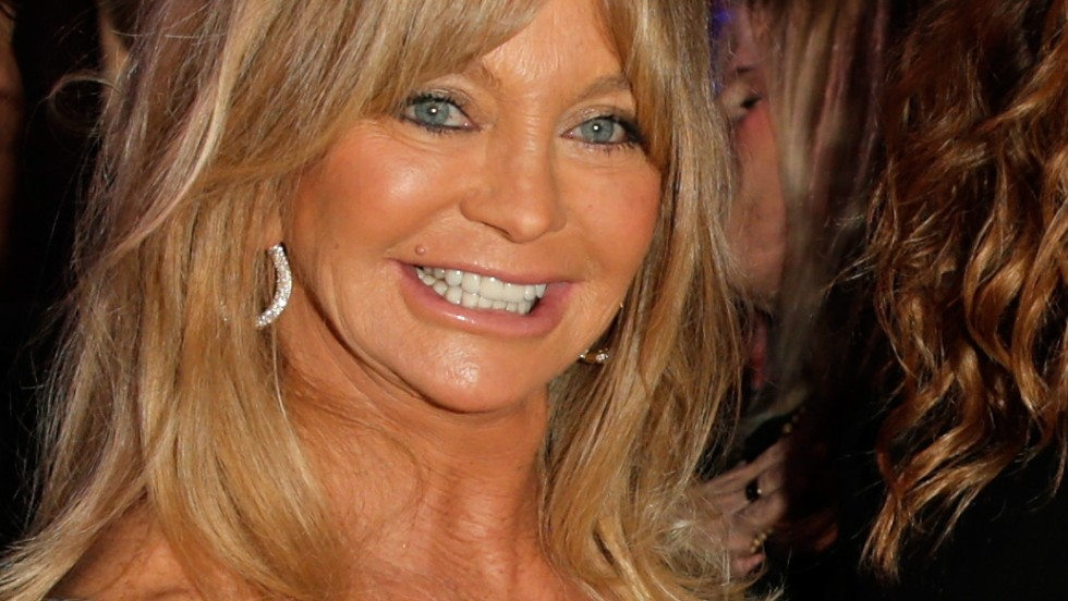 Goldie Hawn attends the 3rd annual Sean Penn & Friends Help Haiti Gala on January 11, 2014 in Beverly Hills, California.