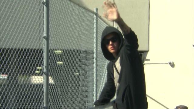 Hauser Bieber troubles_00003911.jpg