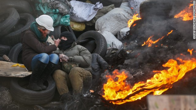 Anti-government protests grow in Ukraine