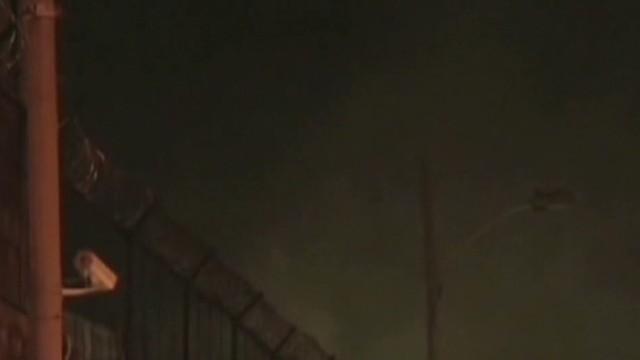 cnnee pm fire in colombia_00014723.jpg