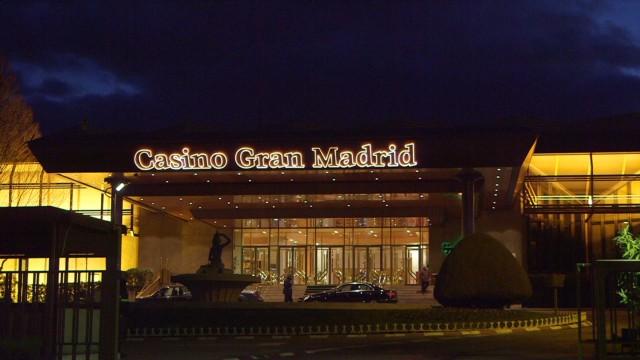 cnnee goodman spain casino jobs_00012620.jpg