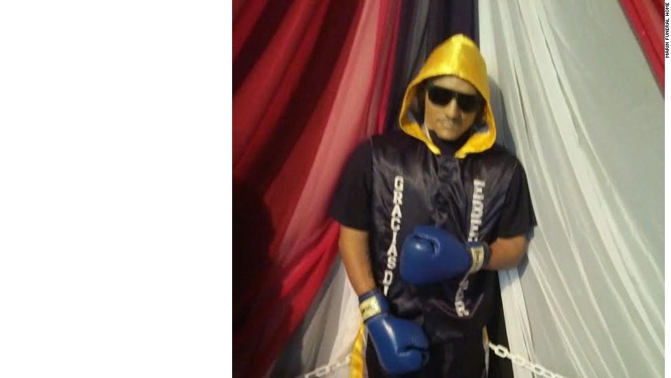 Al cuerpo de Christopher Rivera Amaro lo velaron en su papel de boxeador.