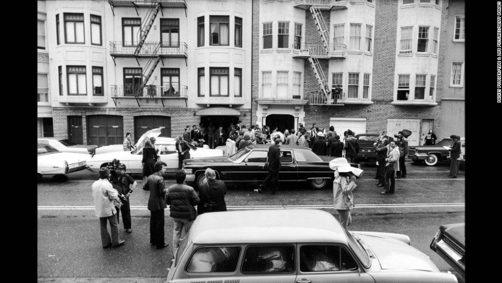 The exterior of the Symbionese Liberation Army house, at 1827 Golden Gate, where Hearst was held in the closet is seen on February 16, 1976.