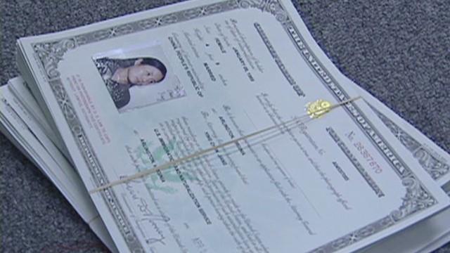 cnnee molinares us citizenship_00011801.jpg