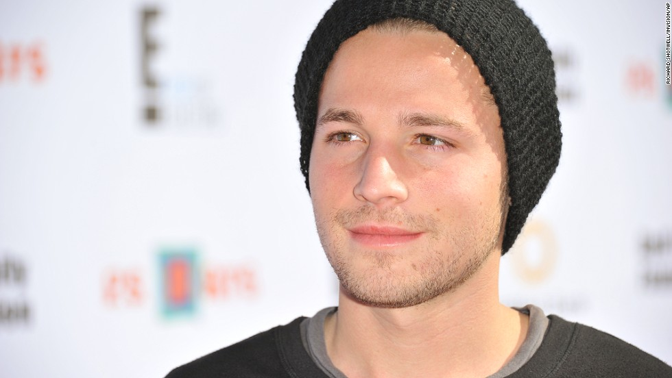 """Desperate Housewives"" actor Shawn Pyfrom wrote about his own struggle with drugs after Hoffman's death. <a href=""http://shawnpyfrom.tumblr.com/post/75414104395/something-i-must-share"" target=""_blank"">The young actor says in an online letter</a> that he ""wasted the time of valuable people, who worked so hard to pull my career to a higher place, by allowing my addictions to tug me out of their grip."""
