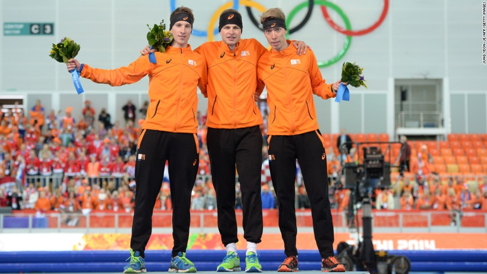 The Dutch completed a clean sweep of the medals in the 5000m. (From left to right) silver medalist Jan Blokhuijsen, Olympic champion Sven Kramer and bronze medalist Jorrit Bergsma.