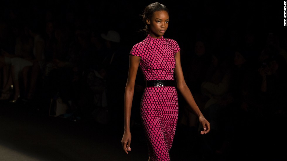 Lhuillier incorporated fuschia tones into many of her pieces.