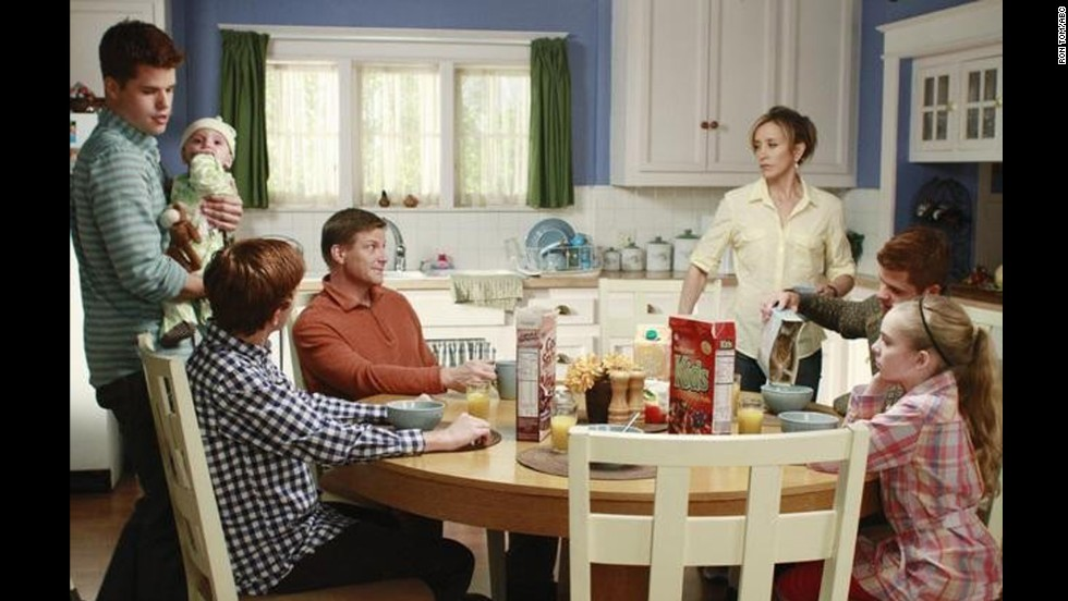 "Felicity Huffman as Lynette Scavo, who works at an advertising agency and later runs a pizzeria with her husband, in ""Desperate Housewives."""