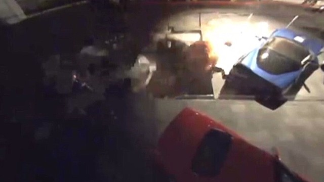 Watch sinkhole devour Corvettes