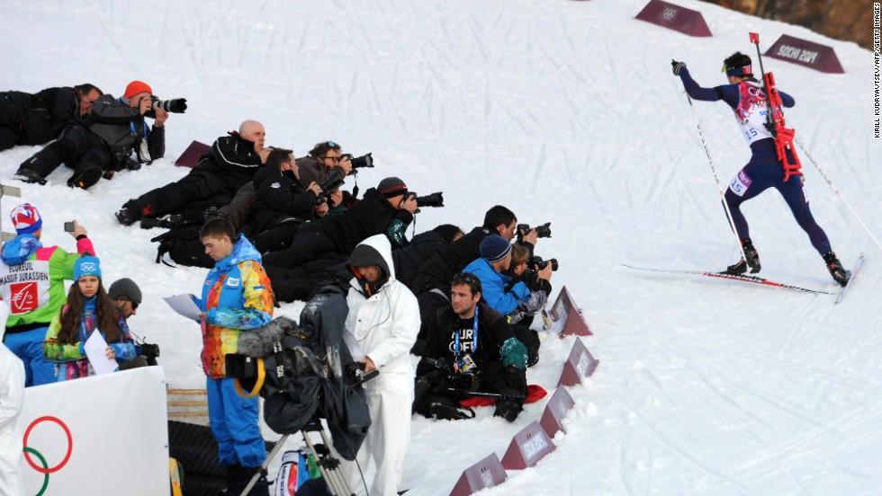 Norway's Ole Einar Bjoerndalen competes in the men's 20-kilometer biathlon on February 13.