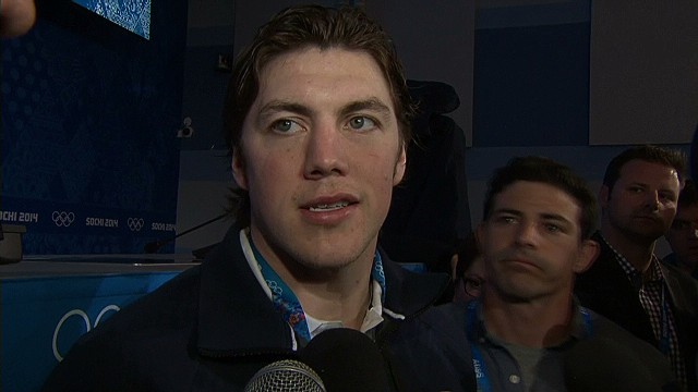 Oshie plays hero as U.S. defeats Russia