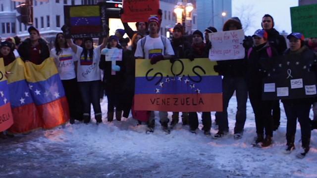 cnnee contreras canada venezuela protest_00000229.jpg