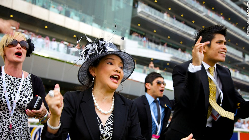 Animated racegoers cheer on their horses. The purse for the Dubai World Cup itself is $10 million. Last year's race was won by 2011 Kentucky Derby winner Animal Kingdom.