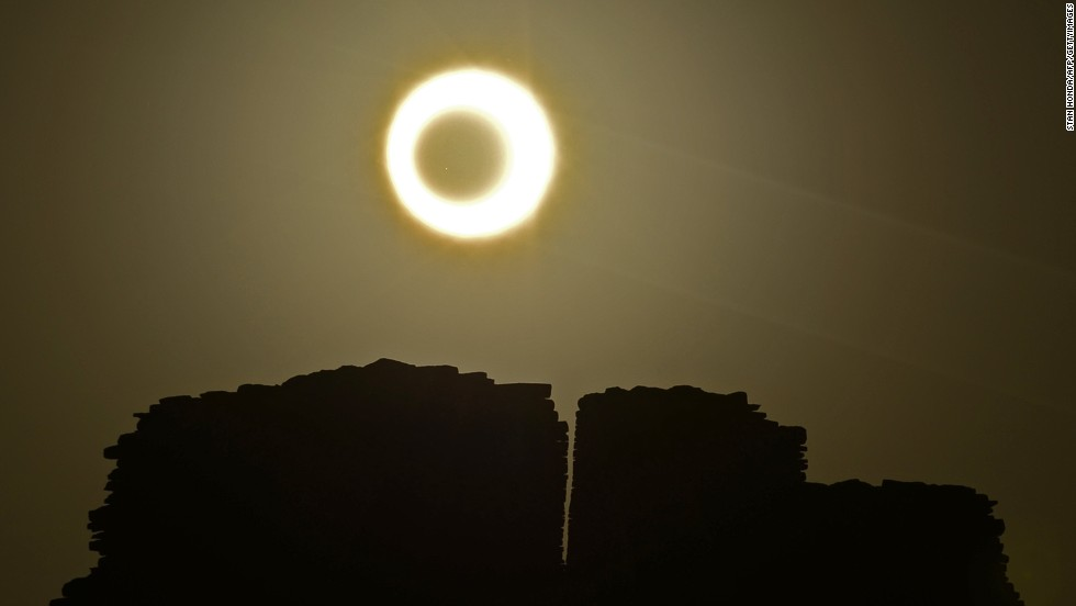 You can observe sky phenomena among ancient Pueblo ruins as Chacoan people did almost 1,000 years ago. In addition to regular events, including archaeo-astronomy and Pueblo Bonito full moon walks, special events are held for phenomena such as eclipses and meteor showers.