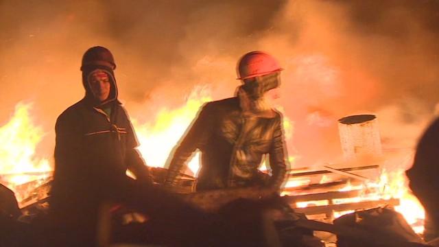 pkg black inside camps of keiv clashes_00021924.jpg