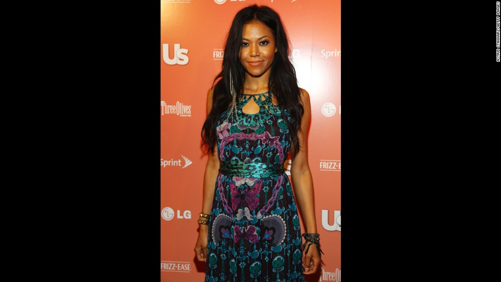 """Singer Amerie's father was an American soldier who met her mother when he was stationed in Korea. """"I was never made to feel that I was 'different' by other kids,"""" she <a href=""""http://www.dailymail.co.uk/home/you/article-448406/Amerie-Americas-hottest-new-superstar.html#ixzz2thBv6XNx """" target=""""_blank"""">told the Daily Mail in 2007</a>. """"But people would still ask me, if you had to choose one ethnicity, which would it be? I'd be, like, why do I have to come down on one side or the other? I get that people love to categorize, but I think we get a little too hung up on it sometimes."""""""