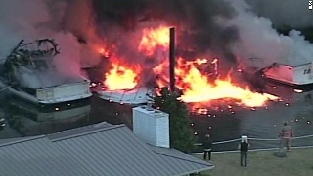 newday washington marina fire_00001011.jpg