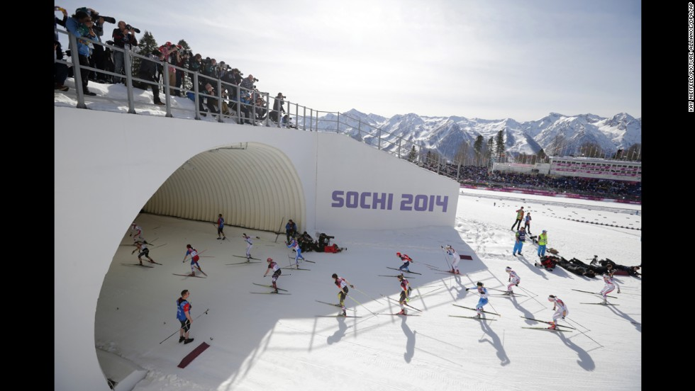 Athletes compete in the ladies' 30-kilometer mass start free on February 22.