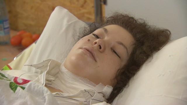 pkg pleitgen ukraine girl shot_00013603.jpg