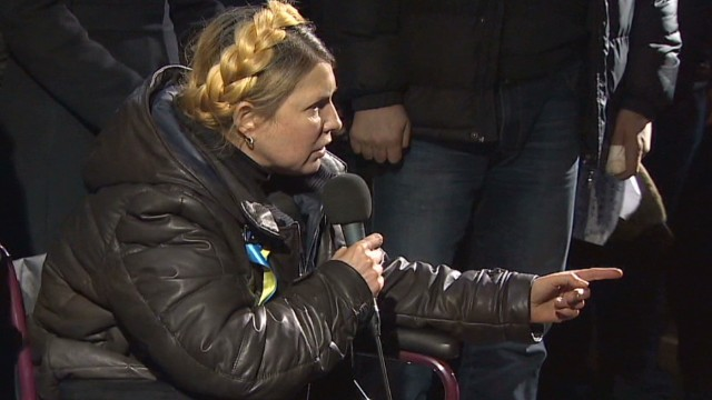 Opposition leader Tymoshenko returns