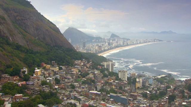 cnnee darlington brazil favelas tourism_00000201.jpg