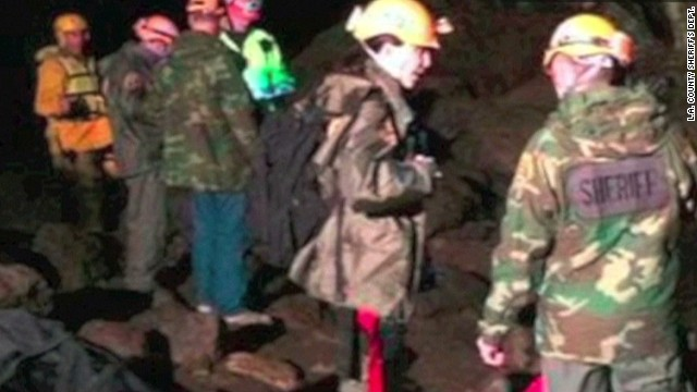 Risky rescue for stranded hikers