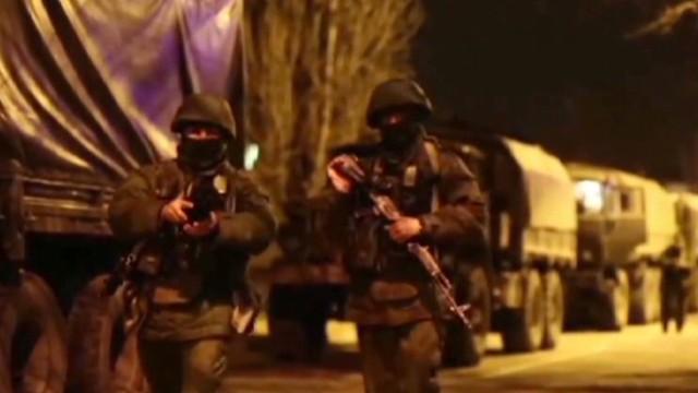 nr sciutto crimea russian troops_00010526.jpg