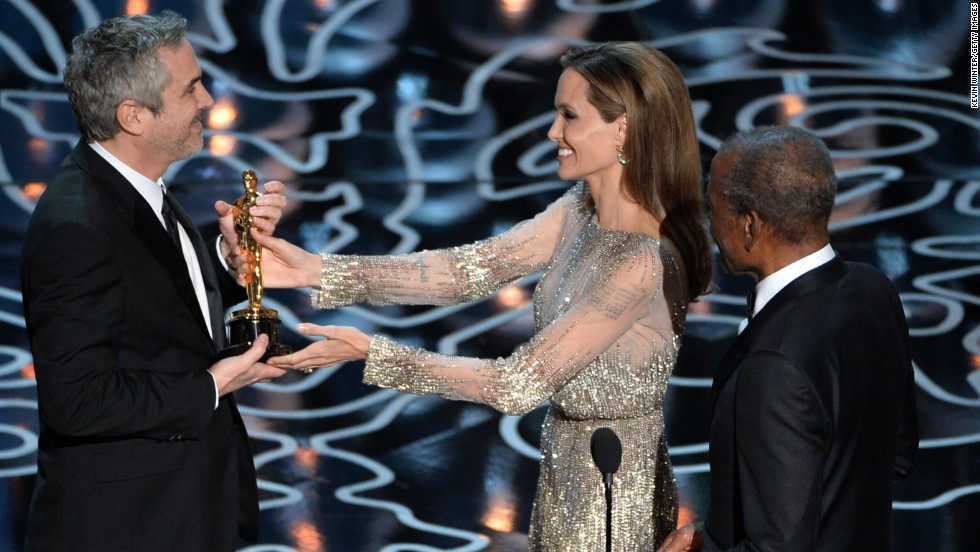 On Sunday, many CNN readers were no doubt pleased to see Angelina Jolie and Sidney Poitier present Cuaron with the Oscar.