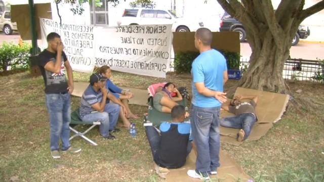 cnnee pascual panama cubans hunger strike_00001808.jpg