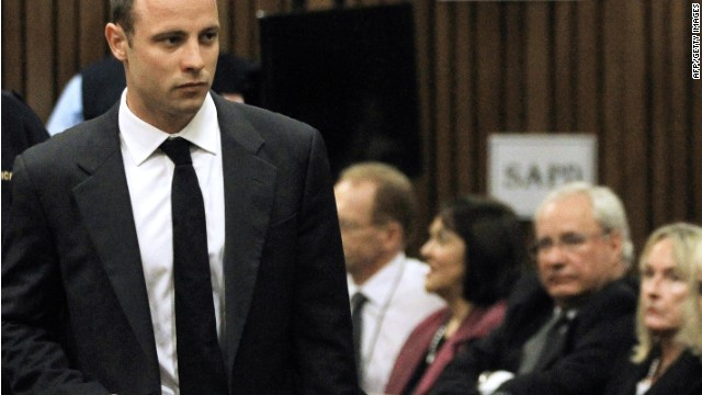 Steenkamp's mother faces Pistorius