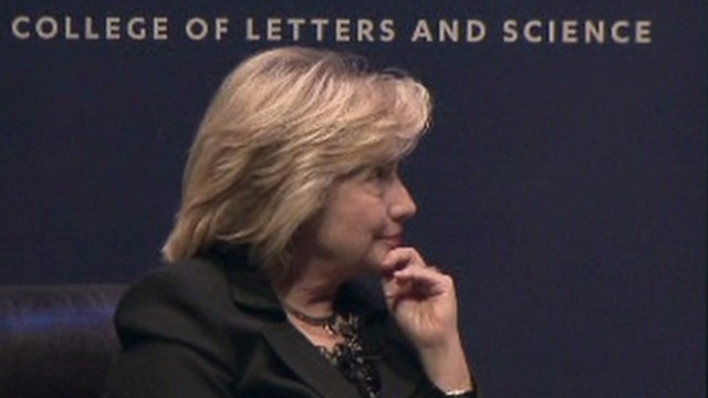 exp Lead vo clinton clarifies remarks political panel_00000127.jpg