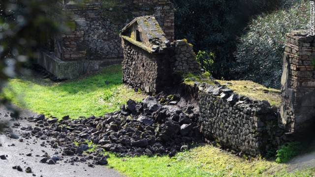 Ancient ruins in Pompeii face ruin again