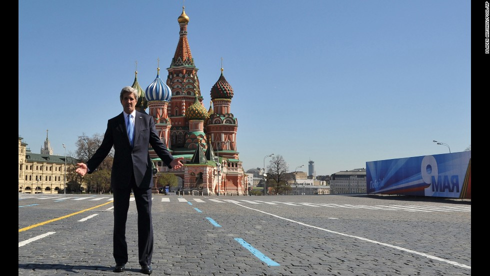 In May 2013, Kerry met with Russian President Vladimir Putin and visited the St. Basil Cathedral in Moscow's Red Square.
