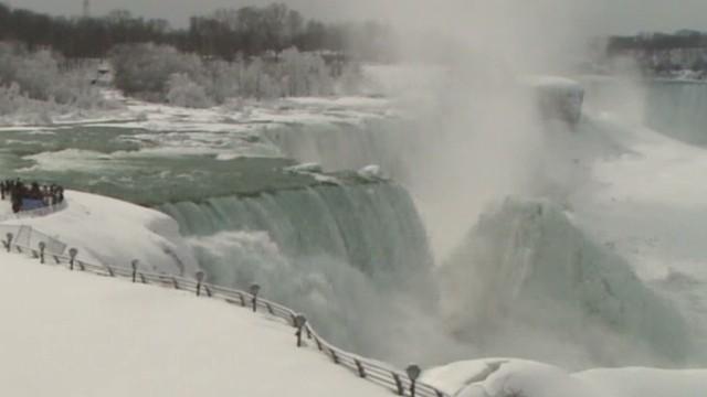 dnt niagara falls frozen _00004221.jpg