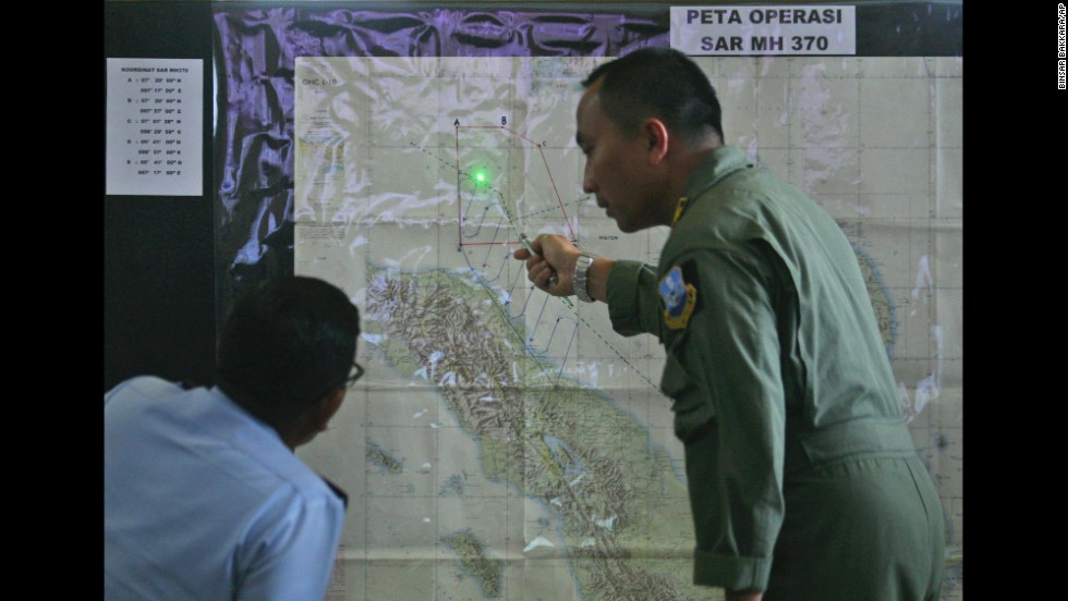 Las autoridades no solo no saben qué le ocurrió al vuelo 370 de Malaysian Airlines, sino que no están seguros de dónde buscar el avión.