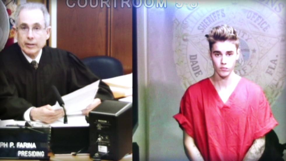 Bieber tuvo que afrontar la justicia por sus actos.