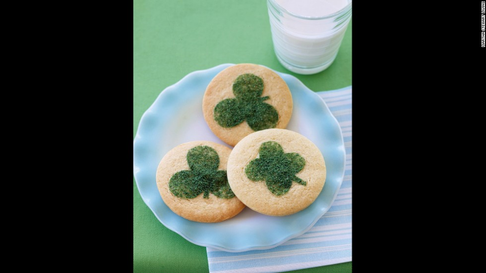 "<a href="" http://www.marthastewart.com/255307/clover-cookies?czone=crafts%2Fclip-art-templates%2Fclip-art-holidays&gallery=350373&slide=255307&center=326420"" target=""_blank"">Dress up sugar cookies</a> with a <a href=""images.marthastewart.com/images/content/web/pdfs/pdf1/0304_clover.pdf"" target=""_blank"">touch of green pride</a> this Saint Patrick's Day."